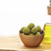 酸化しやすいオイル(オリーブオイル・サラダ油)を塗ると肌が老化する